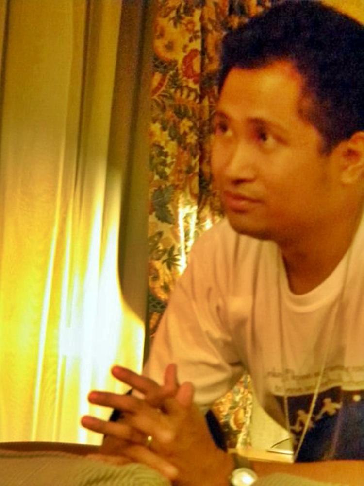 2 anyo ng panitikan I panahon ng katutubo 2 uri ng panitikan: pasalita at pasulat(pangalawang pangkat ng malay)  - karaniwang anyo katangian ng panitikan.